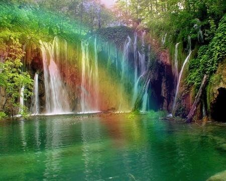 64992-rainbow-over-waterfalls